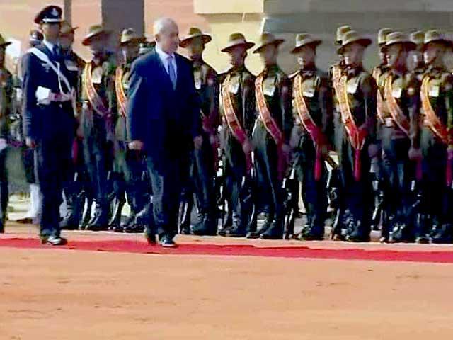 Video : Benjamin Netanyahu Gets Ceremonial Welcome, PM Modi Present