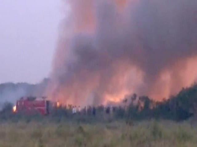 Video : In Bengaluru, 5,000 Armymen Fought Raging Fire At Bellandur Lake