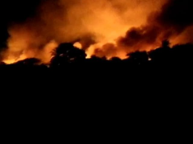 Video : In Bengaluru, 5,000 Armymen Fought Raging Fire At Bellandur Lake