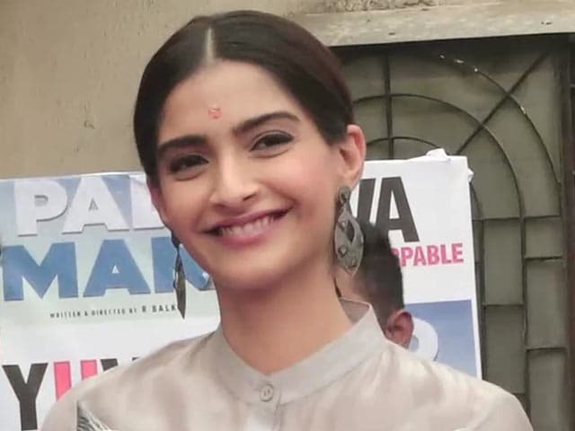 Video : Sonam Kapoor On Her Upcoming Film <i>PadMan</i>