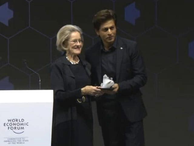 Video : We The Powerful Need To Get Out Of The Way: SRK At Davos