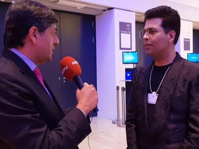 Videos : ऐसा लग रहा है कि दावोस में इंडियन पार्टी चल रही है : करण जोहर