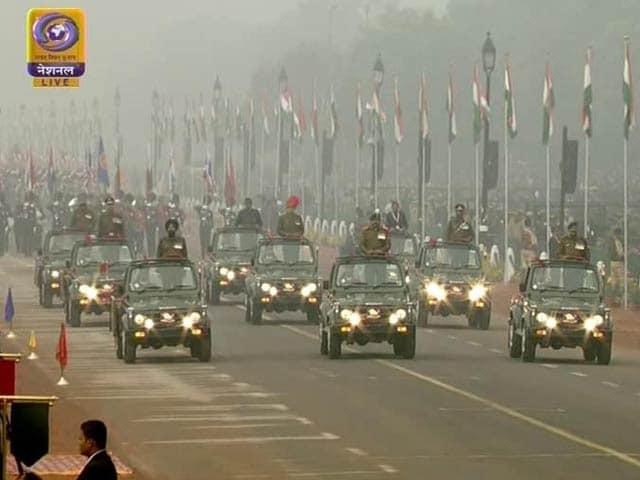 Video : धूमधाम से मना 69वां गणतंत्र दिवस, राजपथ पर दिखी देश की सैन्य ताकत और सांस्कृतिक झलक