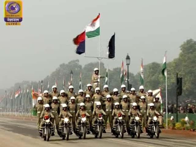 Video : 106 Riders On 26 Bikes: BSF's Women Daredevils Debut At R-Day Parade