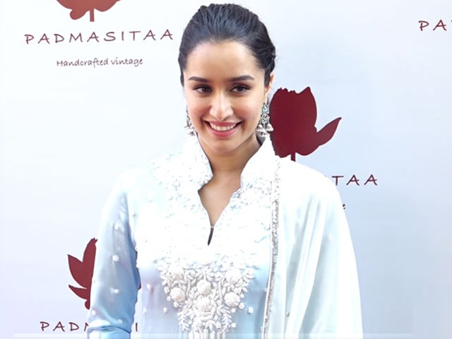 Video : Shraddha Kapoor Launches Padmini Kolhapure's Label