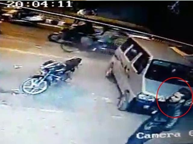 Video : Before Photographer's Murder On Delhi Road, His Last Moments On CCTV