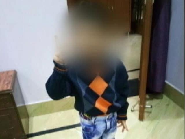 Videos : Top News @8.00AM : किडनैपरों के चंगुल से पुलिस ने बच्चे को छुड़ाया, एक बदमाश की मौत