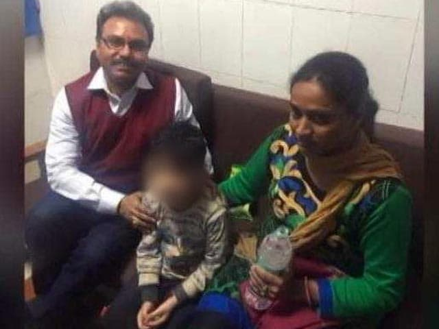 Video : Delhi 5-Year-Old, Kidnapped From School Bus, Rescued; 1 Accused Shot Dead