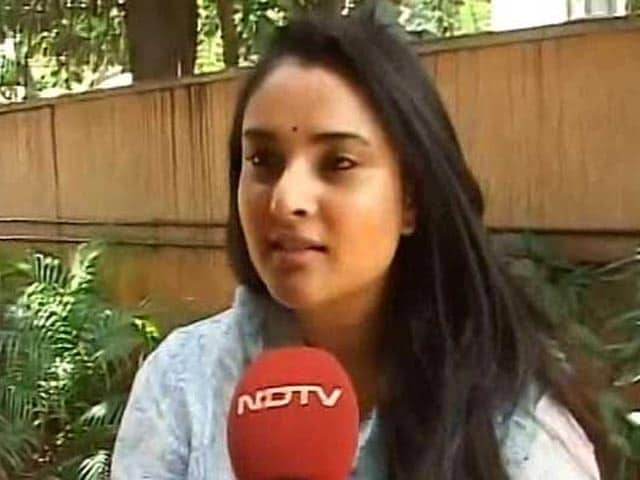 Video : Divya Spandana Promoting Fake Accounts, Says BJP; She Says Video Edited