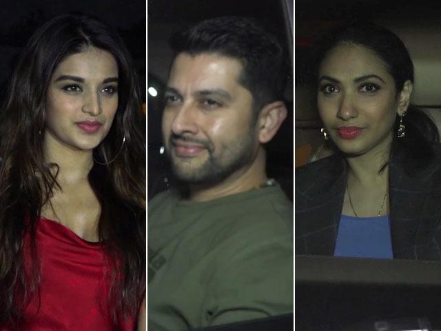 Video : Watch! B-Town Stars At The Special Screening Of Akshay Kumar's <i>PadMan</i>