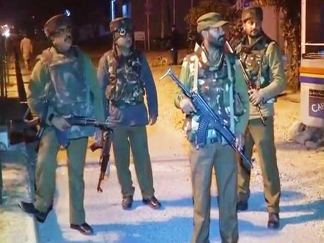 Videos : जम्मू के सुंजवान में आर्मी कैंप पर आतंकी हमला
