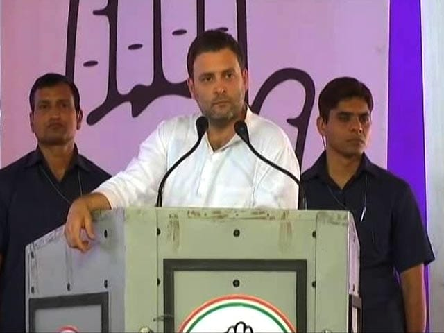 Video : PM Drives Looking In Rear-View Mirror, Will Cause Accidents: Rahul Gandhi