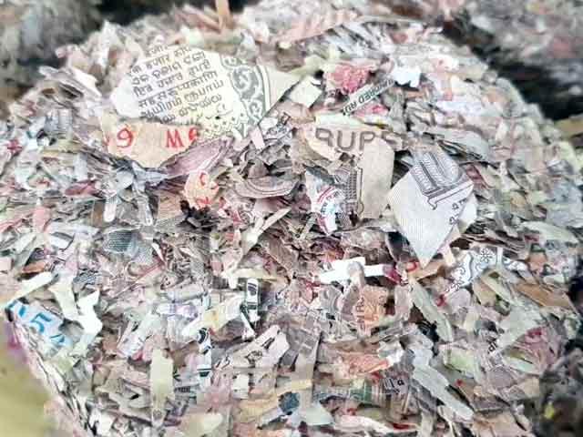 Video : चेन्नई: पुराने बंद नोटों से बन रही हैं नई फाइलें