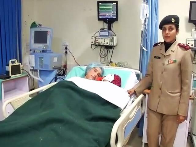 Videos : जाको राखे साइंया : सेना के कैंप पर हुए आतंकी हमले में घायल महिला ने दिया बच्चे को जन्म