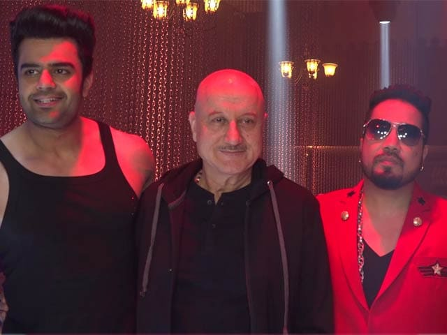 On The Sets Of Baa Baaa Black Sheep With Mika Singh, Manish Paul & Anupam Kher