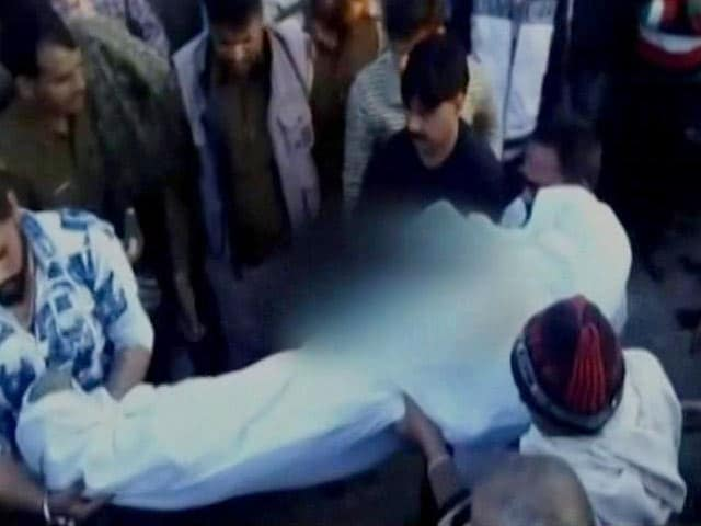 Video : Stalker Hacks Woman To Death In Ghaziabad, Surrenders With Axe