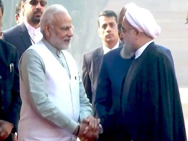 Videos : भारत दौरे पर आए ईरानी राष्ट्रपति रूहानी ने PM मोदी से की मुलाकात
