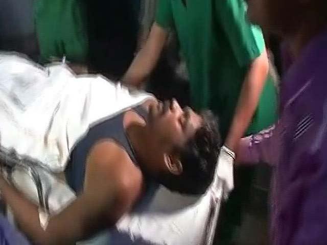 Videos : Top News @8.00 AM : सड़क निर्माण रुकवाने के लिए नक्सलियों का हमला, 2 जवान शहीद