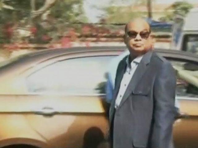 Video : Rotomac Pens Owner, Accused Of Rs. 3,700-Crore Fraud, Raided By CBI