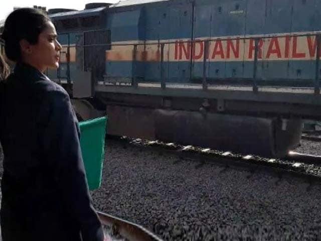 Videos : न्यूज टाइम इंडिया : रेलवे में नौकरियों की उम्र सीमा दो साल बढ़ी