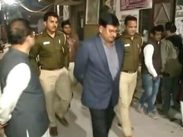 Videos : Top News @8.00 AM : AAP विधायक प्रकाश जारवाल गिरफ़्तार