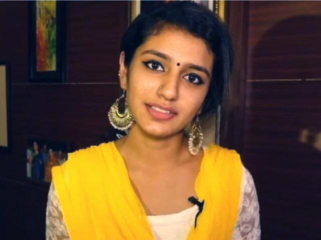 Videos : सुप्रीम कोर्ट : प्रिया प्रकाश वारियर के खिलाफ FIR पर रोक