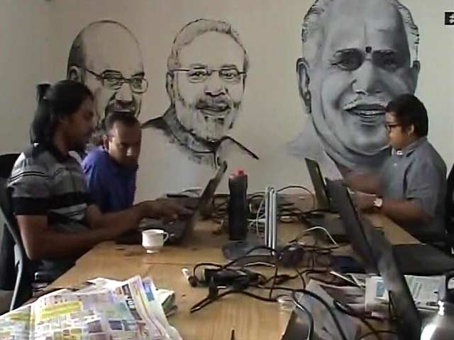 Video : Siddaramaiah vs Yeddyurappa: Inside Their Social Media War Rooms