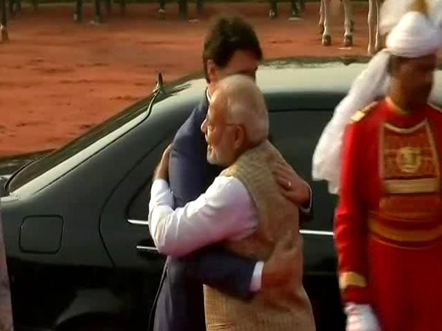 Video : Justin Trudeau Finally Gets PM Modi's Bear Hug