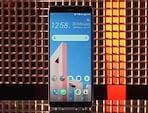 सेल गुरु : HTC U11+ का जायजा, मोटोरोला का नया Moto Z2 फोर्स पहुंचा भारत