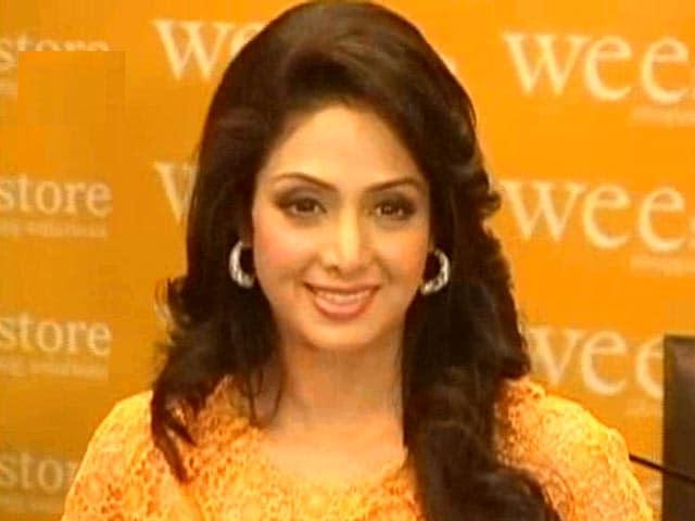 Video : Top News @8.00AM : स्पेशल फ़्लाइट से मुंबई लाया जाएगा श्रीदेवी का पार्थिव शरीर
