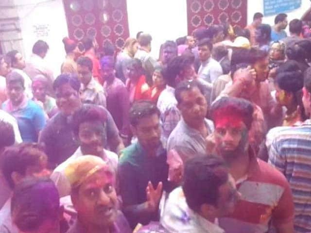 Video : दिल्ली के चांदनी चौक की खास होली