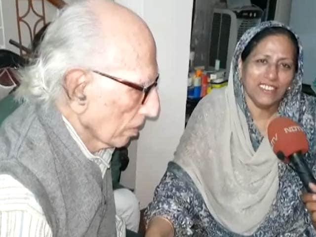 Videos : मशहूर शायर बशीर बद्र से एक खास मुलाकात