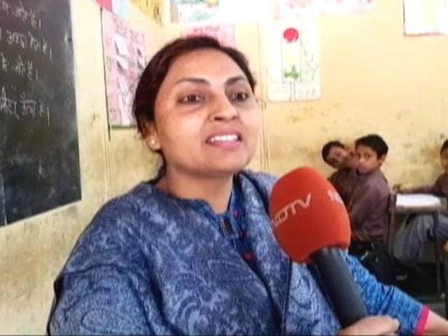 Videos : MCD के टीचर्स को 3 महीने से सैलरी नहीं