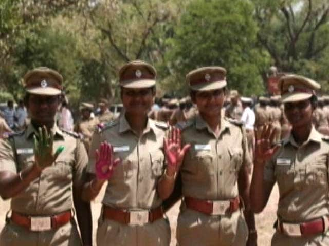 "Video : International Women's Day: Women Cops In Chennai Join ""Press For Progress"" Campaign"