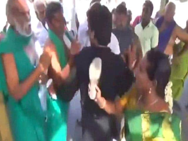Video : Farmer Leader Slapped By BJP Worker For Allegedly Using Abusive Language