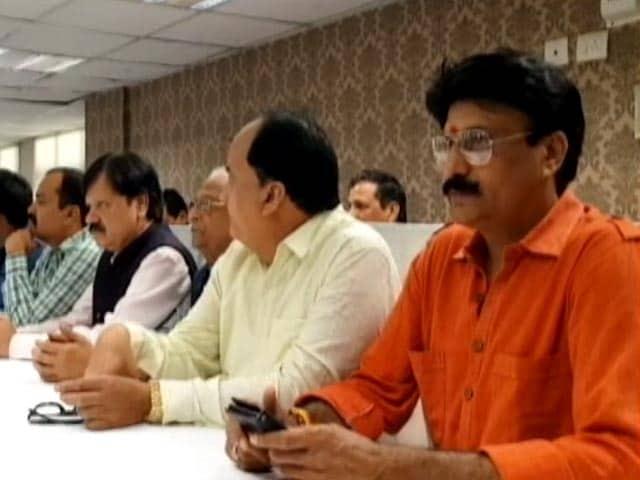 Video : दिल्ली में सीलिंग के खिलाफ व्यापारी संसद, 13 मार्च को बंद रहेंगे बाजार