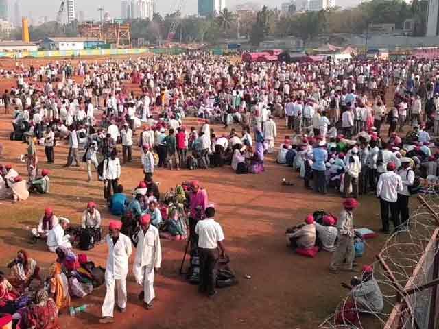 Video : मुंबई के आजाद मैदान पहुंचा किसानों का महामोर्चा