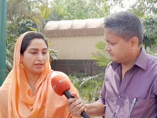 Videos : केजरीवाल की माफी से पंजाब के AAP नेता भड़के