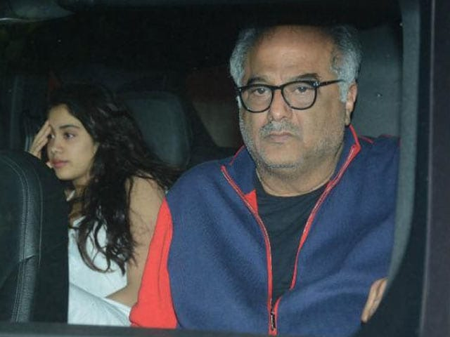 Boney Kapoor Visits Arjun Kapoor's Home With Janhvi & Khushi