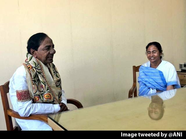 "Video : ""Federal Front In Making"": Telangana's KCR After Meeting Mamata Banerjee"