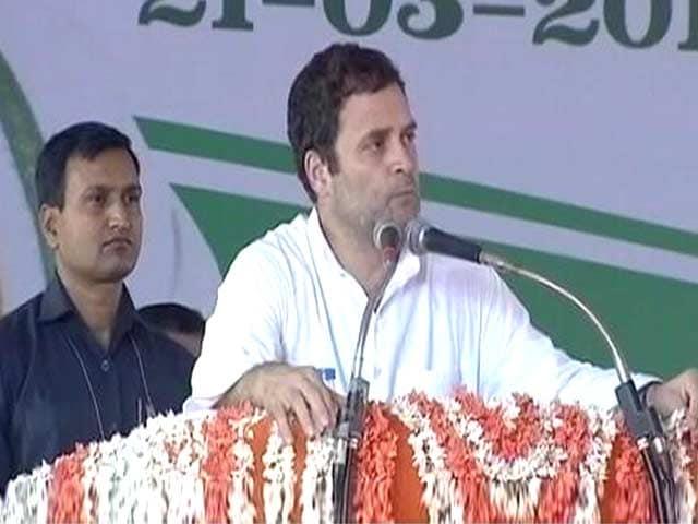 Videos : फेसबुक विवाद में कूदे राहुल गांधी, ट्वीट कर सरकार पर साधा निशाना