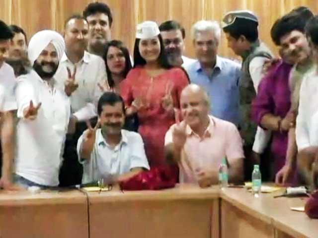 Video : बड़ी खबर : 'AAP' मामले में मुख्य चुनाव आयुक्त बोले HC का फैसला हमारे लिए झटका नहीं