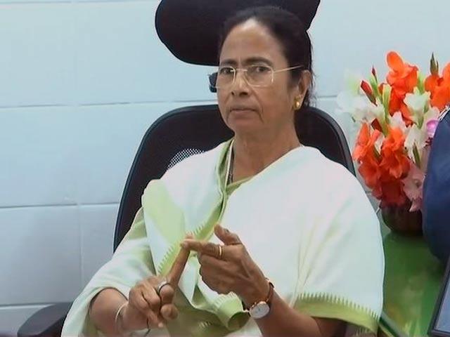Video : ममता बनर्जी का मिशन 'तीसरा मोर्चा', विपक्षी दलों से मिलने दिल्ली पहुंचीं