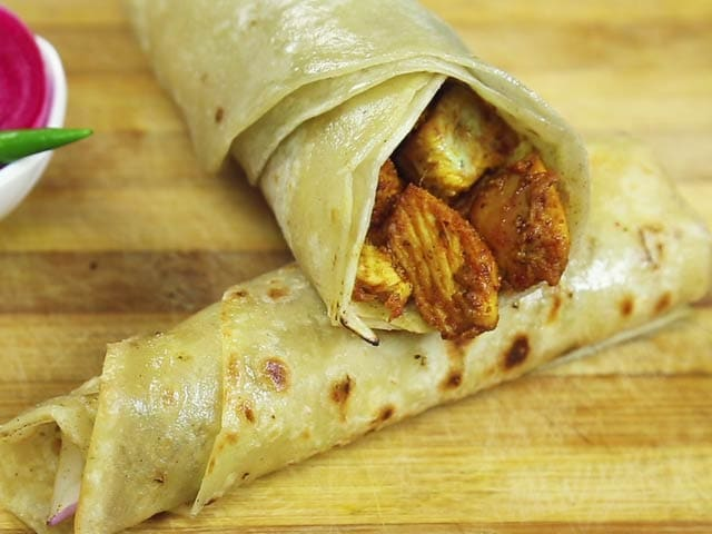 Video : Chicken Kathi Roll Recipe