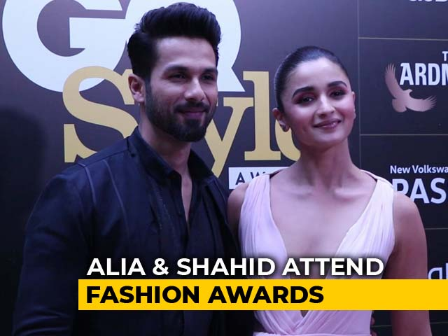 Alia Bhatt & Shahid Kapoor Attend Fashion Awards
