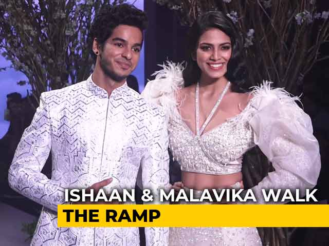 Ishaan Khattar & Malavika Mohanan Walk The Ramp