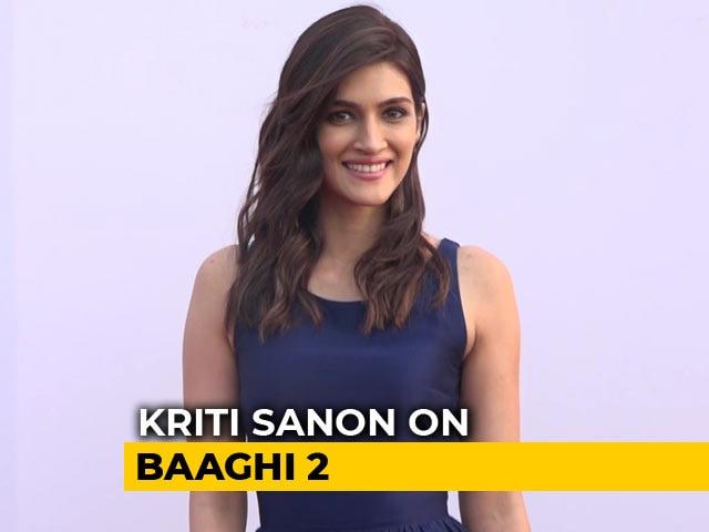 Kriti Sanon Praises Tiger Shroff