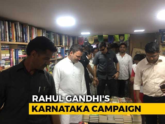 Video : Selfies, Metro Ride, Book Shopping: Rahul Gandhi's Day Out In Bengaluru