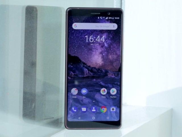Video : Nokia 7 Plus Review: Most Unique Nokia Smartphone Yet?