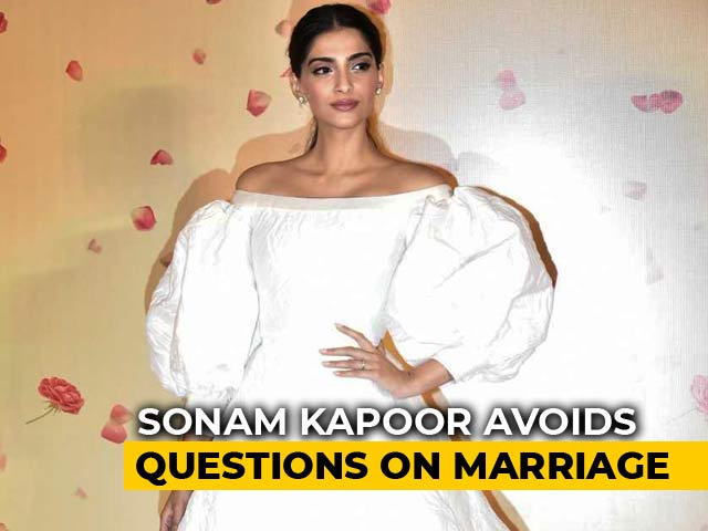 Video : Sonam Kapoor Avoids Questions On Marriage
